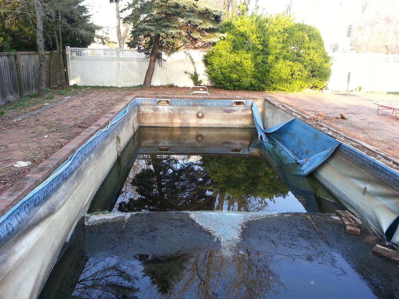 Tara Pool Liners For Inground PoolsTara And Megna