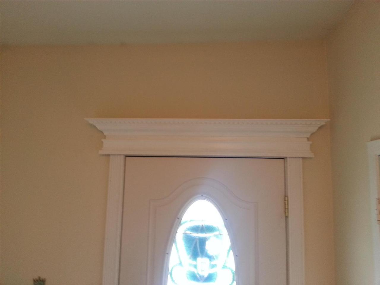 Bad Renovations Hallway Facelift