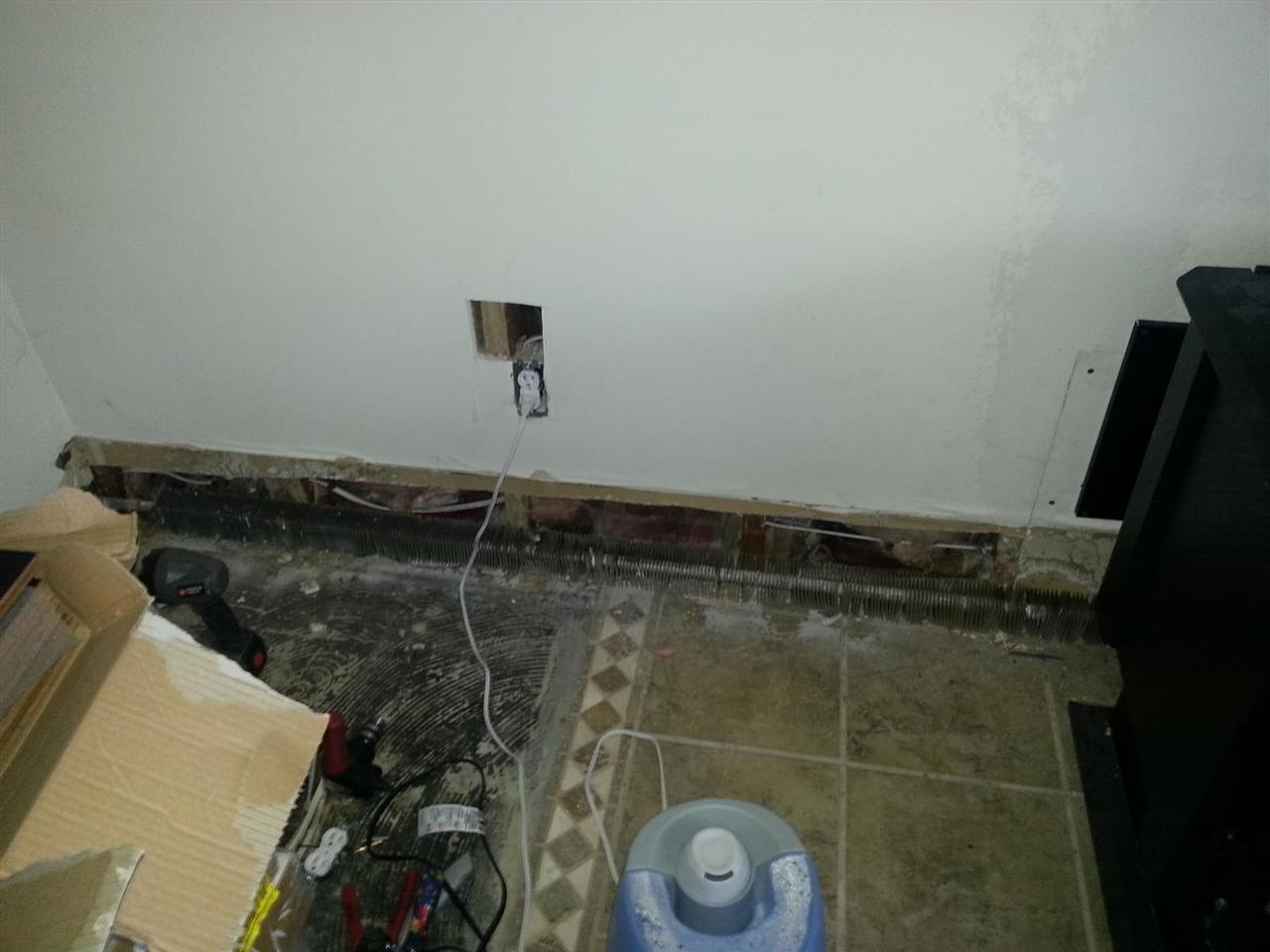 Bad Renovations Formal Living Room Replacing Aluminum Wiring 331 Instead Of Coming Down From The Ceiling As Old Did