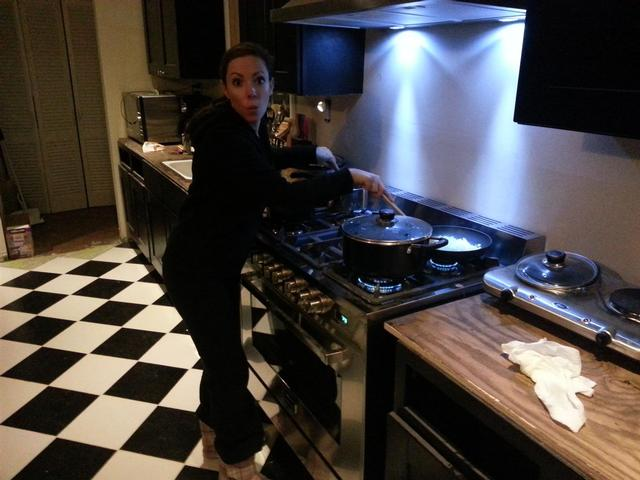 171: Lauren cooks her first meal on the new stove.  Also, Lauren cooks her first meal - period.